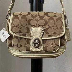 COACH Gold & Beige Short Strap Shoulder Bag